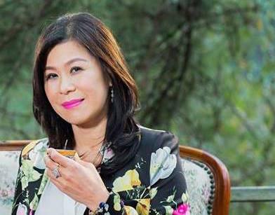 Nữ doanh nhân Hà Linh