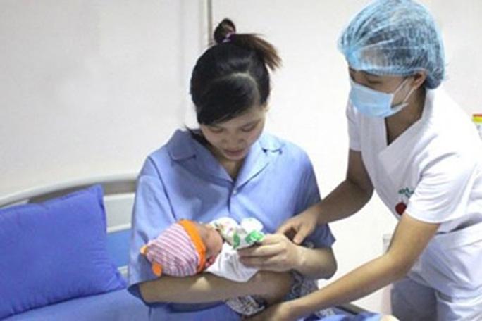 Thêm quyền lợi về tiền lương với lao động nữ nuôi con dưới 01 tuổi