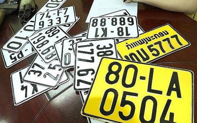 Xe kinh doanh vận tải phải đổi sang biển số màu vàng trước 31/12/2021