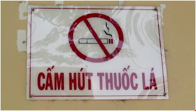 Hút thuốc lá tại địa điểm có quy định cấm có thể bị phạt tới 500.000 đồng
