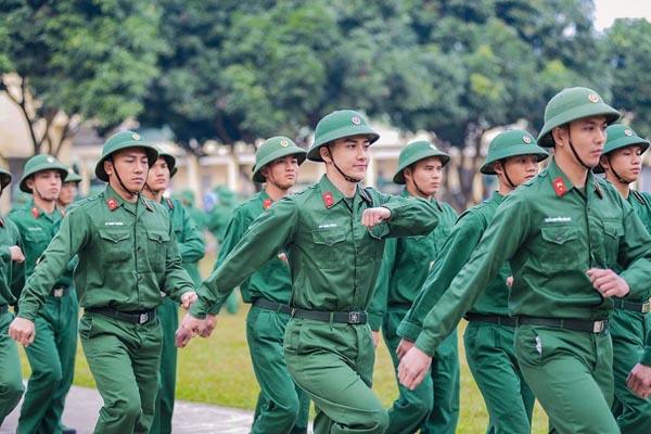 https://news.thuvienphapluat.vn/tintuc/uploads/image/2021/02/03/quan-nhan-chuyen-nghiep(1).jpg